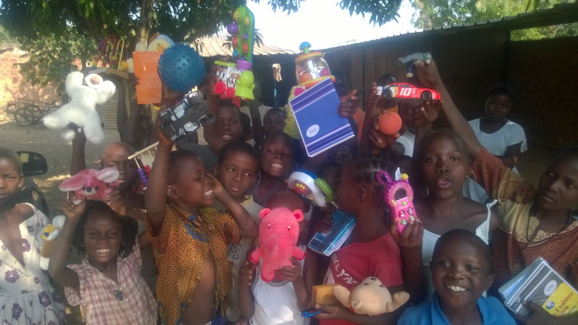 Medical Couriers: providing hundreds of toys for hospitalised or underprivileged children